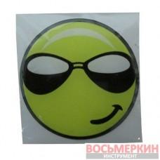 Эмблема силиконовая Смайлик в черных очках 6 см х 6 см