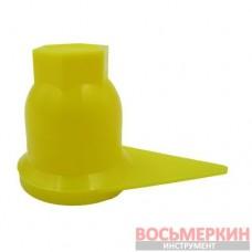 Колпачок защитный гайки колесной на 32 мм для грузовых автомобилей желтый